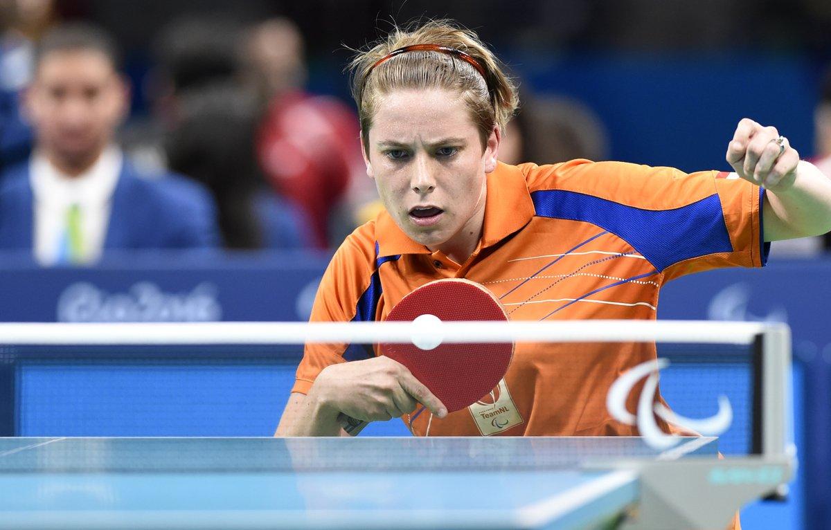 Kelly van Zon wint goud op Paralympics