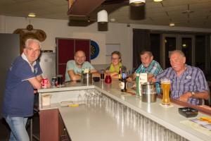 recreanten aan de bar 2